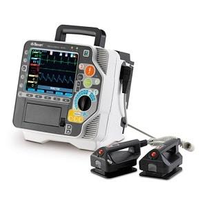 Defibrillateur-Reanibex-800-avec-scope